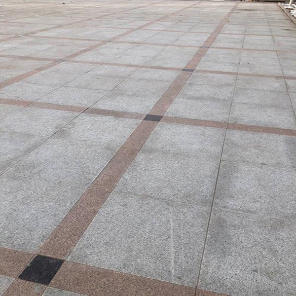 永登滨河路广场